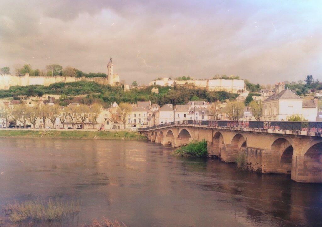 La forteresse de Chinon et la Vienne