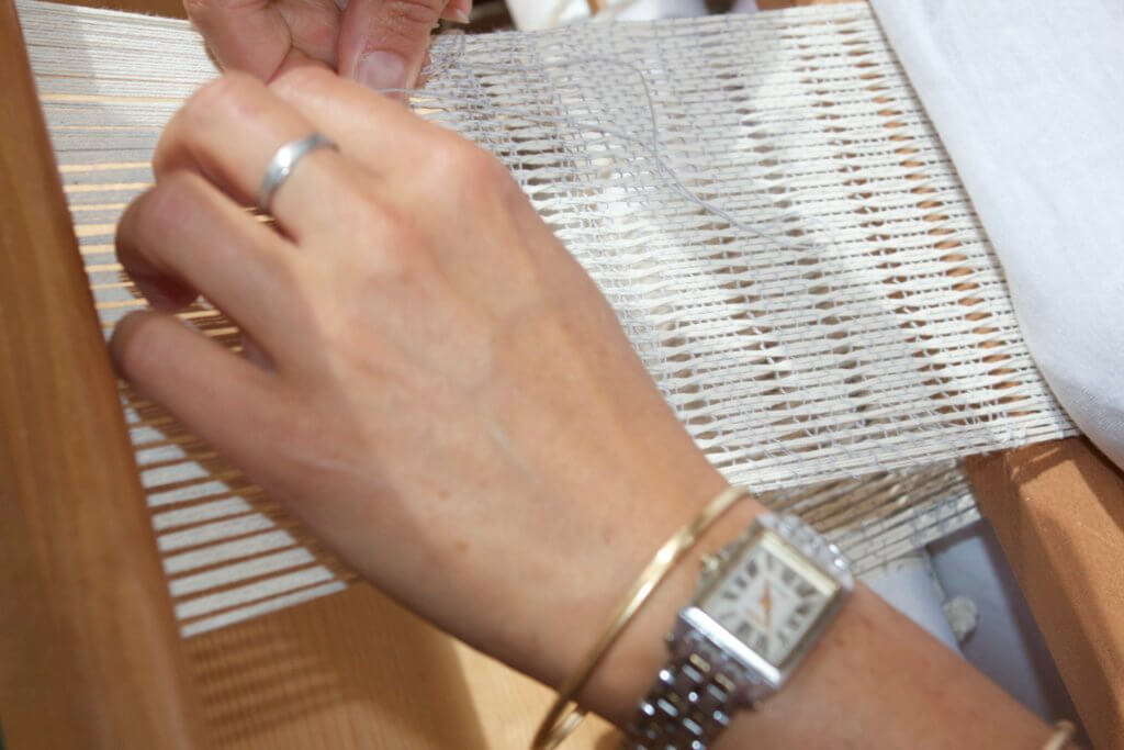 Tissage de Léno à base de perles